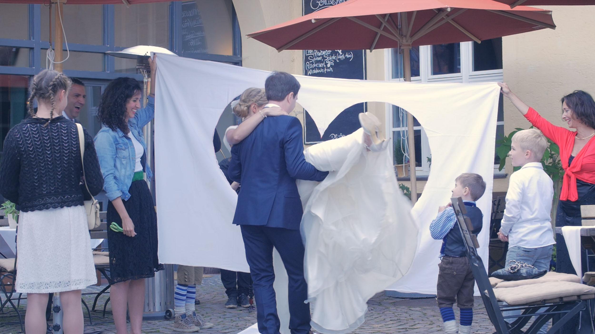 Hochzeitsvideos-Süddeutschland-Brautpaar-Screenshot-Hochzeit-film-video-fotografie.jpg