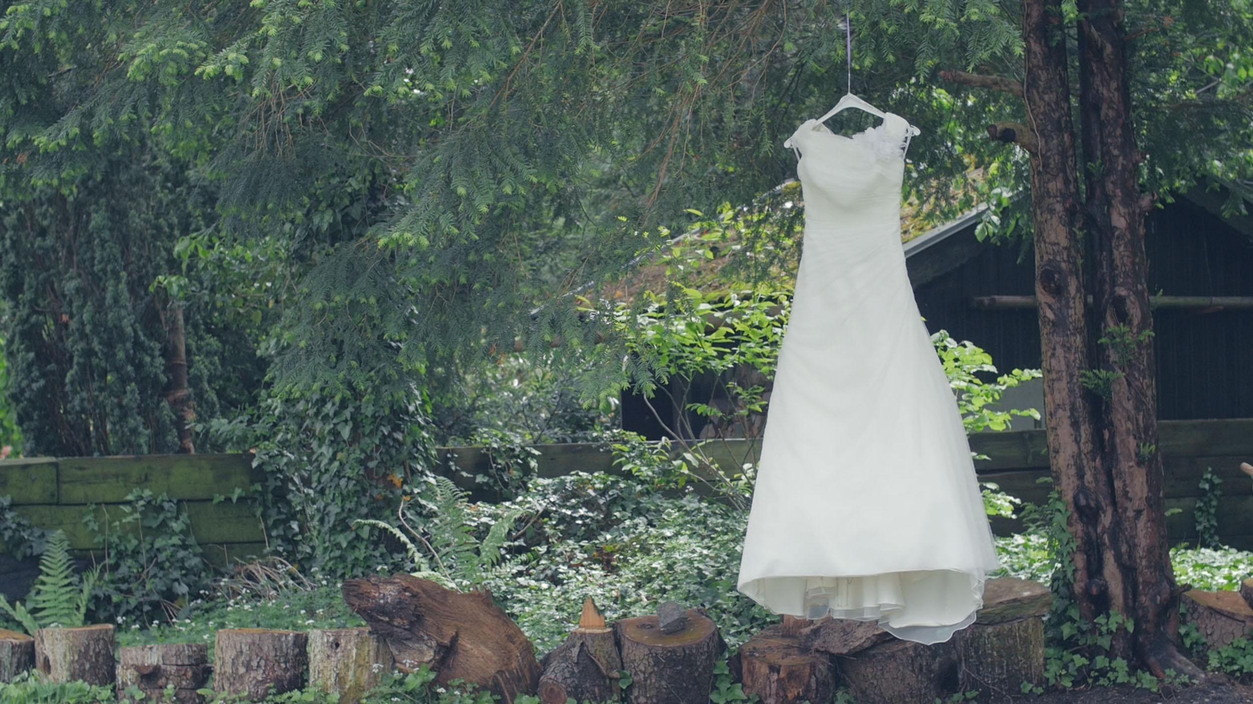 film-hochzeitspaar-Hochzeitsfilm-Hochzeitskleid-Screenshot-Zammgfasst-Ulm.jpg
