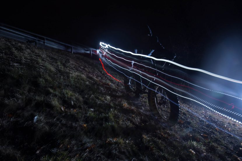 Action sport fotografie von zammgfasst augsburg Fatbike Fahrrad Nachts Downhill