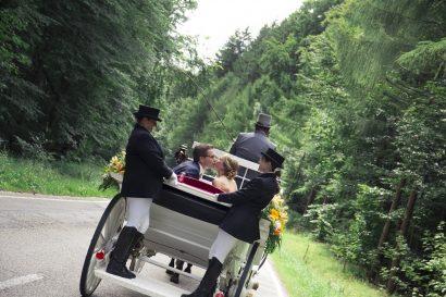 Ehepaar auf Kutsche